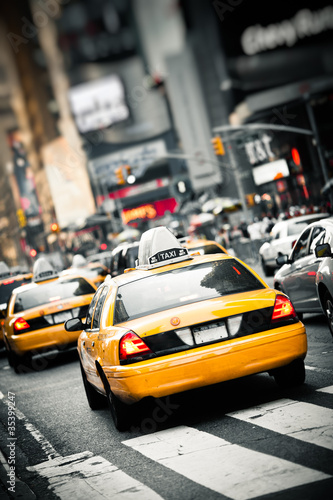 Wall mural New York taxis