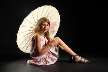 Mädchen mit Schirm 3