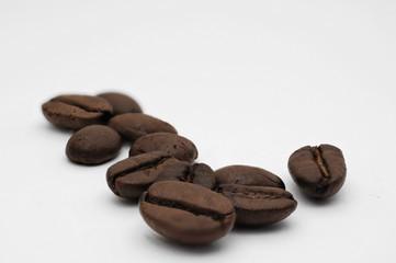 einige Kaffeebohnen
