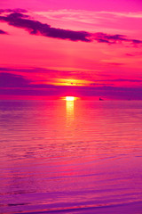 Photo sur Plexiglas Rose Twilight Panorama Beach