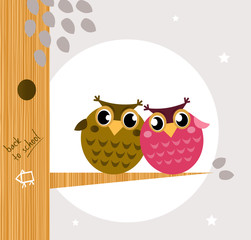 Papiers peints Oiseaux, Abeilles Two cute owl friends sitting on the branch.