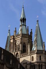 Papstbesuch - Turmuhr kurz nach neun in Erfurt in Morgensonne
