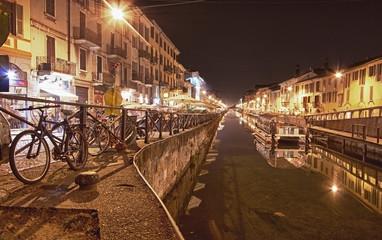 Milano di notte.....HDR Naviglio