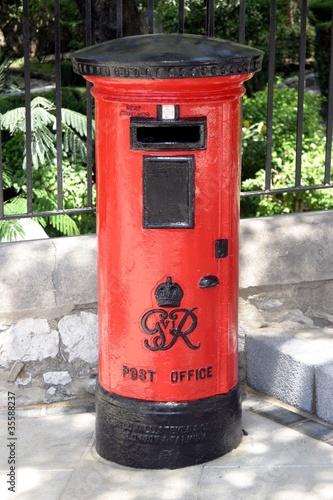 Englischer Briefkasten In Gibraltar Stockfotos Und Lizenzfreie