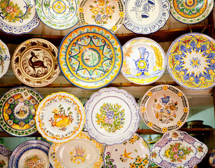 ceramic traditional plates in Valencia