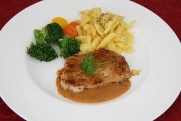 Kalbsfleisch mit Soße