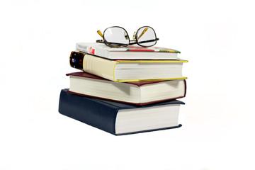 Книги снятые на белом фоне