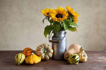 Herbstbild mit Kürbis