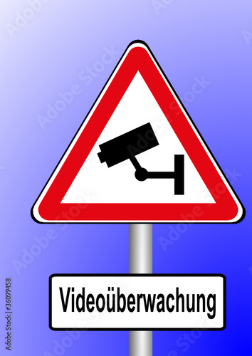 schild video berwachung stockfotos und lizenzfreie vektoren auf bild 36099458. Black Bedroom Furniture Sets. Home Design Ideas