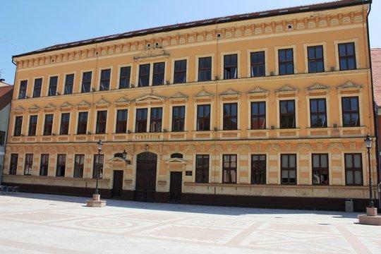 Gymnasium in Vinkovci (kroatien)
