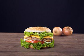 Hamburger frisch serviert