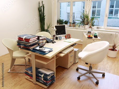 Buro Arbeitsplatz Stockfotos Und Lizenzfreie Bilder Auf Fotolia Com