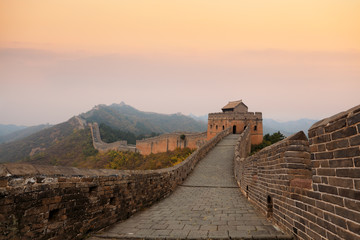 Deurstickers Chinese Muur great wall of china in autumn dusk