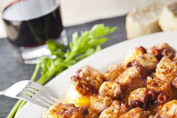 Galician octopus and red wine