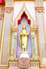golden buddha in Wat Chalong