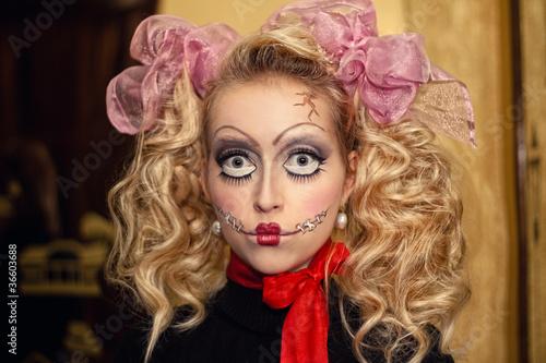 """Young Girl doll with bows Bride of Chucky"" Стоковая фотография и роялти-фри изображение на Fotolia.ru - Pic 36603688"