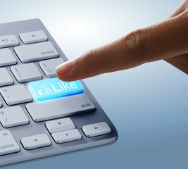 Fingers to keyboard