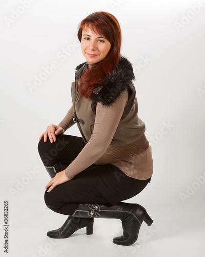 обнаженные девушки в зимних одеждах