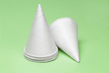 Disposaible paper cups