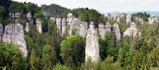 Obraz cesky raj - hruboskalske skalni mesto - fototapety do salonu
