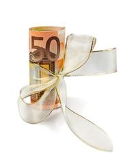 50-Euro-Bündel mit Geschenkband