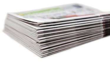 pile de journaux papier