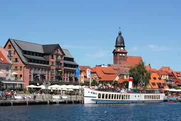 Fond de hotte en verre imprimé Port Waren/Müritz Stadthafen