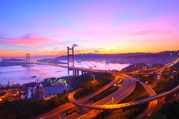 Foto op Aluminium Hong-Kong Tsing Ma Bridge at sunset moment in Hong Kong