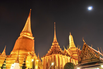 Wat pra kaew Grand palace at night bangkok,Thailand