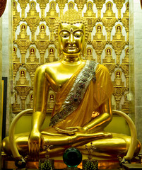 golden buddha in lumphun Thailand