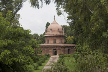 Mughal Prince 'n' Princess' Tomb, Allahabad, India