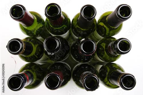 12 leere weinflaschen stockfotos und lizenzfreie bilder auf bild 38243096. Black Bedroom Furniture Sets. Home Design Ideas