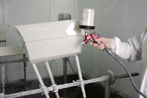autoteil lackieren stockfotos und lizenzfreie bilder auf. Black Bedroom Furniture Sets. Home Design Ideas