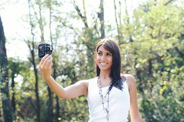 girl photographing