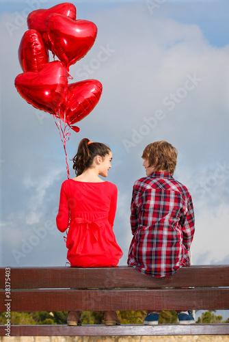 """valentines day couple dating"" Стоковая фотография и роялти-фри изображение на Fotolia.ru - Pic 38375403"
