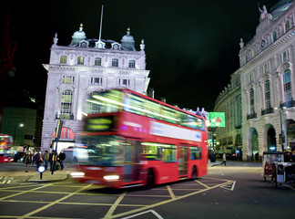 Picadilly circus de nuit - Londres (UK)