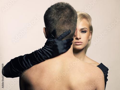 доминирует девушка фото