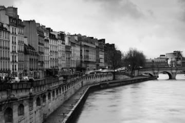 Quai des Grands Augustins - Paris