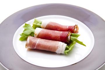 Schinken gerollt mit Salatblatt
