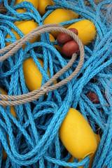 filet de pêche bleu.