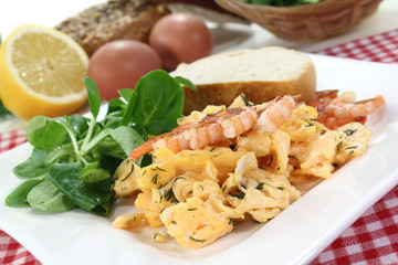 Rührei mit Shrimps