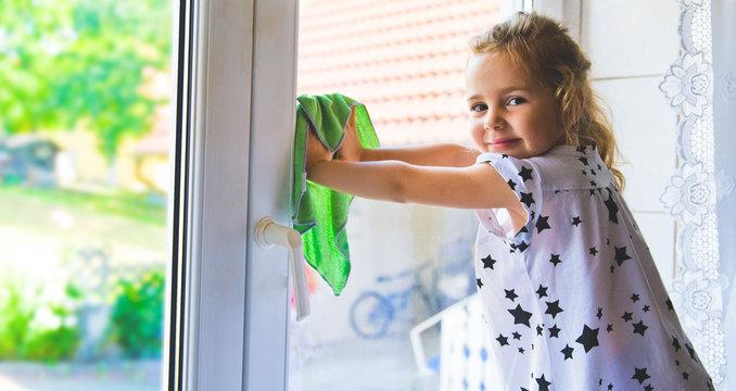 Fenster Putzen Vektorgrafiken, Cliparts Und Illustrationen Kaufen - 123RF