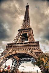 Fototapete - Bottom-Up view of Eiffel Tower, Paris