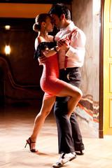 El interés por los bailes o el desarrollo de la zumba 240_F_39004257_vcz6Q3w4SCO0hbaGVGbA6MgIVp2giZuU