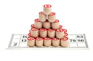 Pyramid of bingo kegs on bingo card
