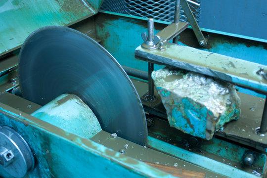 Lapidary slab cutter