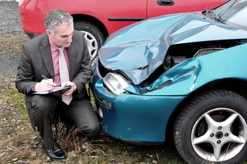 An insurance expert.