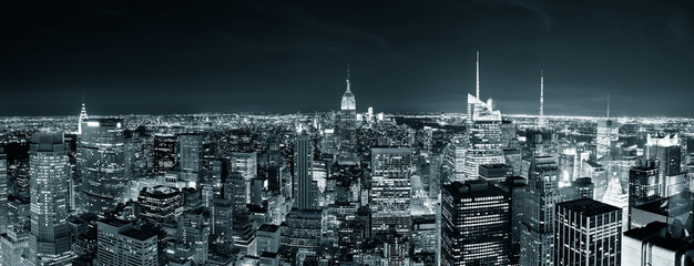 Fotomurales - New York City Manhattan skyline at night