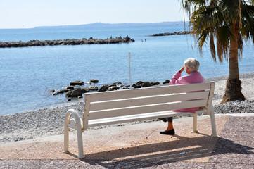 sénior solitude vieillesse