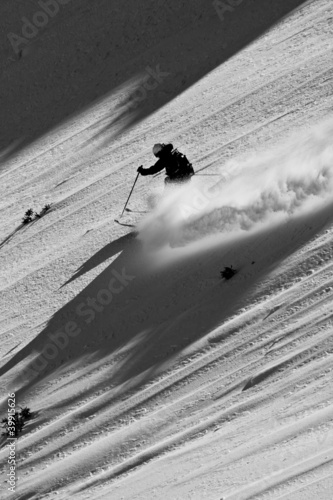 Fototapete Freeride in Caucasus mountains